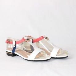 Стилни дамски сандали бели