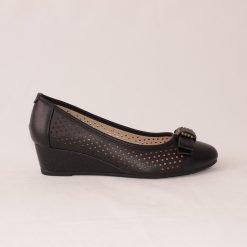 Дамски обувки на ниска платформа черни
