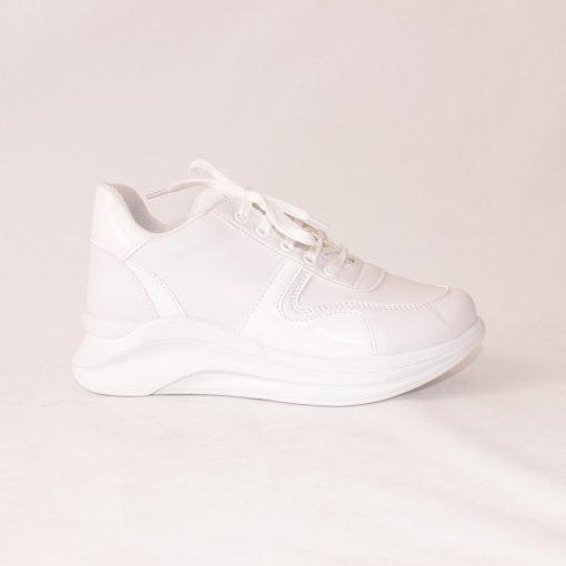 Дамски спортни обувки с платформа бели