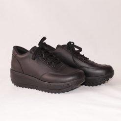 Дамски спортни обувки с платформа черни