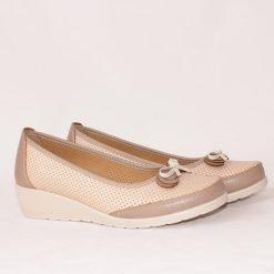 Летни дамски обувки на ниска платформа