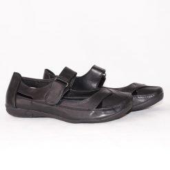 Равни дамски обувки летни черни