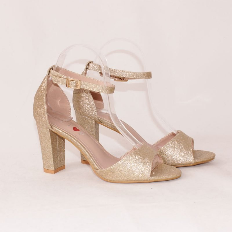 zlatisti damski sandali na visok tok 800x800 - Обувки Онлайн VenDemi