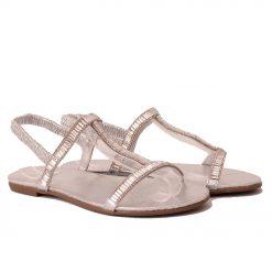 сандали с ластик сребристи 247x247 - 6 модни тенденции, които ще освежат вашето лято през 2019 г.