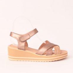damski sandali na platforma bronzovi 1 247x247 - 6 модни тенденции, които ще освежат вашето лято през 2019 г.