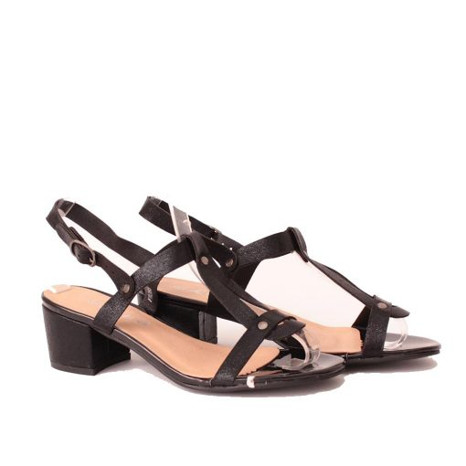 Дамски сандали на нисък ток черни