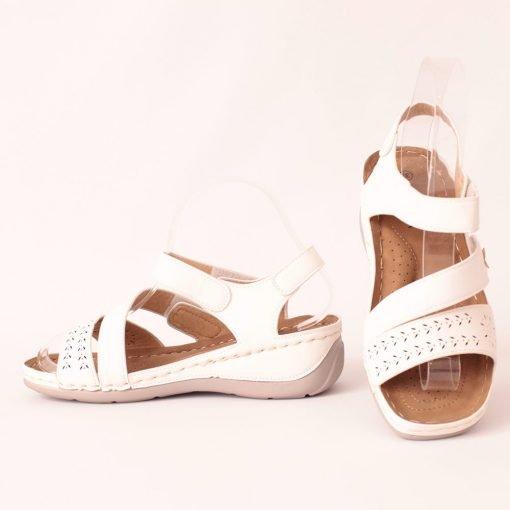 Дамски ежедневни сандали бели