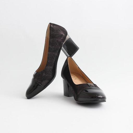 Дамски обувки с ток среден