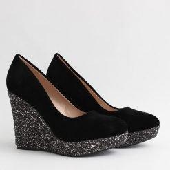 damski obuvki na platforma s lame 247x247 - Често срещани грешки при избор на обувки
