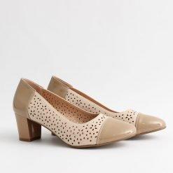 Дамски обувки пролетни бежови
