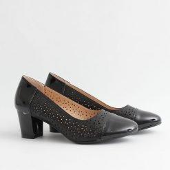 Дамски обувки пролетни черни