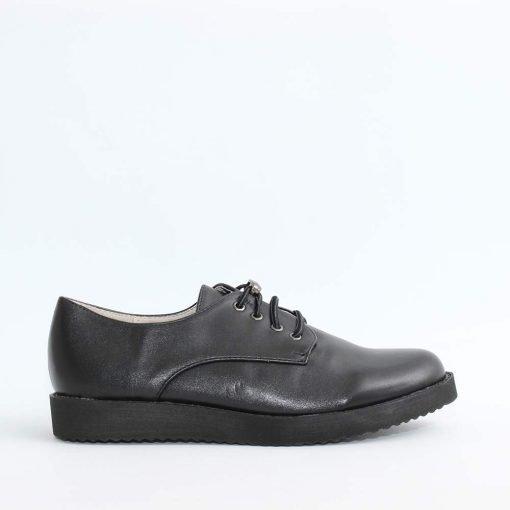 Дамски обувки ластични връзки