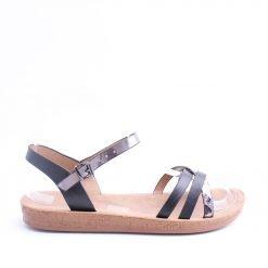 cherno sivi damski sandali1 247x247 - Често срещани грешки при избор на обувки