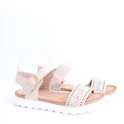 damski sandali ravni sandali bejovi 247x247 - Често срещани грешки при избор на обувки