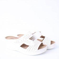 Бели дамски чехли с платформа