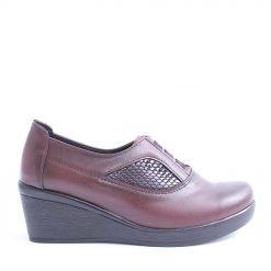 Дамски обувки средна платформа бордо