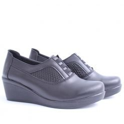 Дамски обувки средна платформа черни