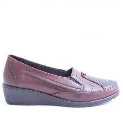 Дамски обувки затворени ниска платформа