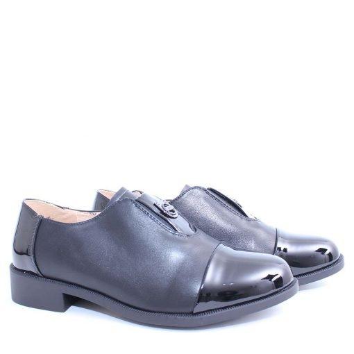 Дамски обувки затворени ниски
