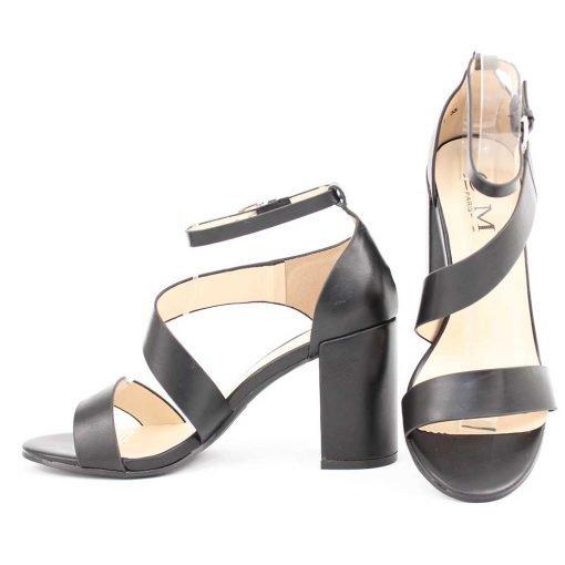 Черни дамски сандали с ток
