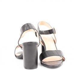 Дамски сандали черни на широк ток